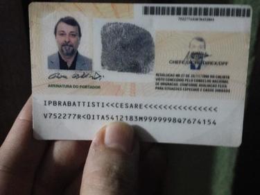 Cesare Battisti arrestato in Bolivia. Conte: «In Italia nelle prossime ore». L'aereo è atteso alle 12.30 foto 1