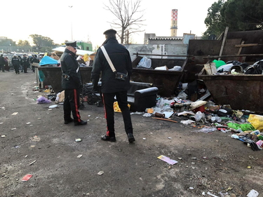 Discariche abusive, roghi e rifiuti metallici: a Roma 57 indagati per l'operazione Tellus foto 1