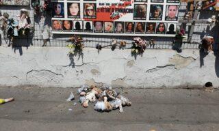 Open   Muro delle bambole, Milano