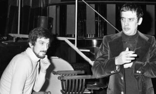 Gigi Proietti insieme a Carmelo bene ne ''La cena delle beffe''  del 1974