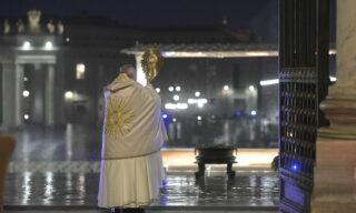 Pope Francis extraordinary Urbi et Orbi blessing during the coronavirus crisis