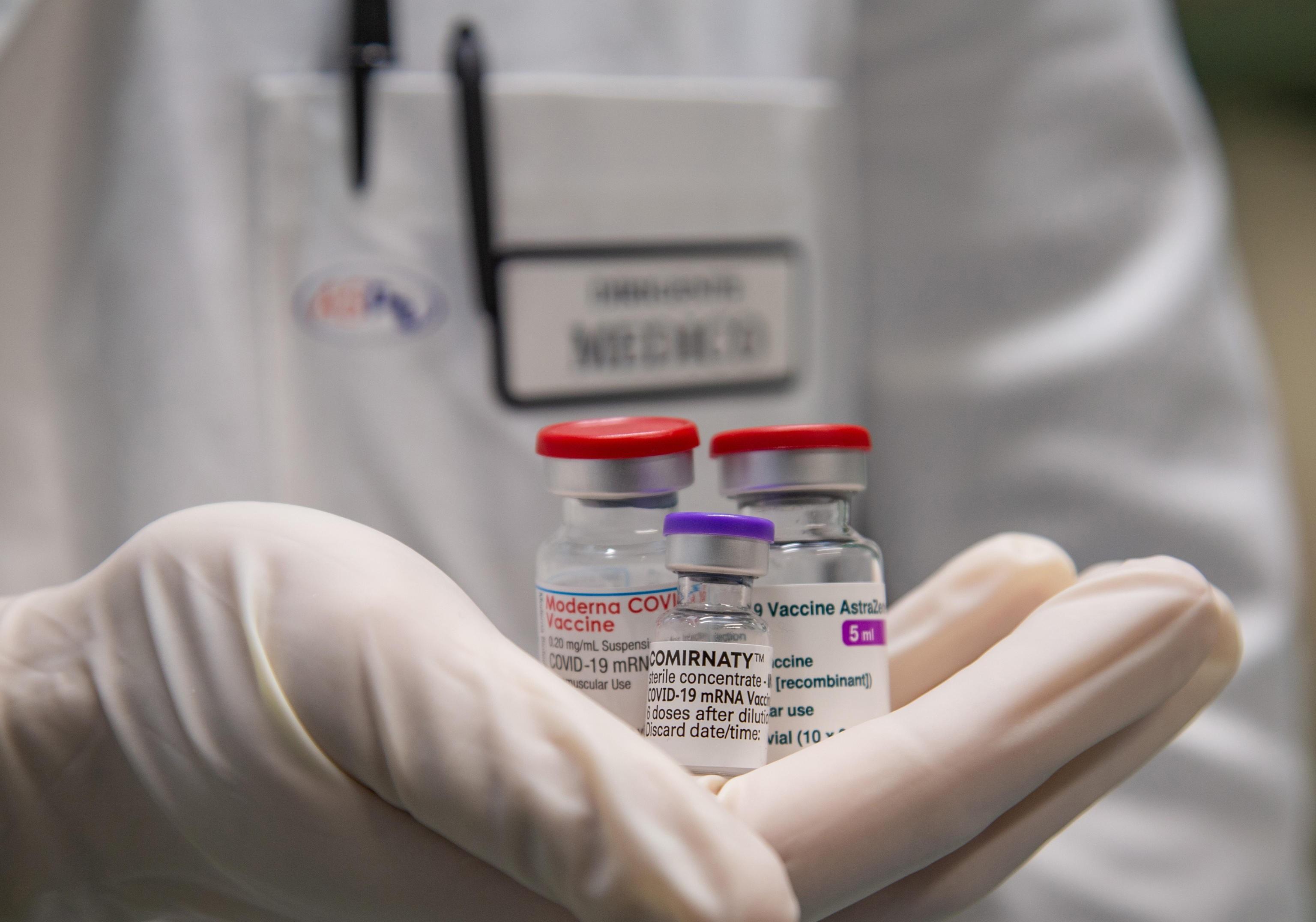 Vaccini, il comitato consultivo della Fda approva Pfizer per i bambini dai 5 agli 11 anni