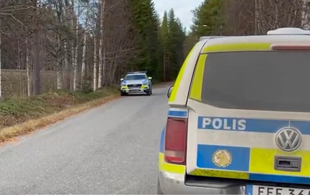 Aggressione in Svezia, un uomo armato di piede di porco e ascia ferisce tre persone